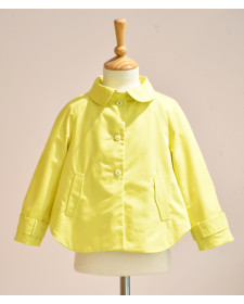 GIRL YELLOW COAT NANOS